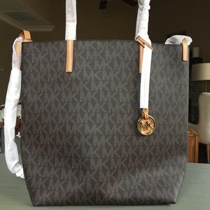 NEW!! Michael Kors large tote with logo print